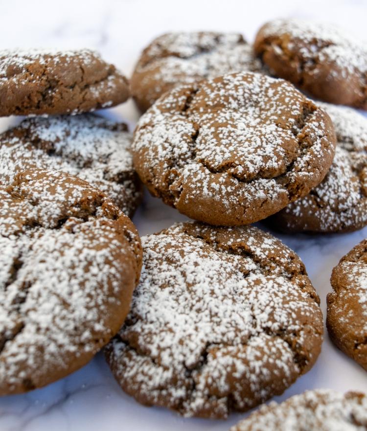 Molasses Cookie Recipe (Very Easy)