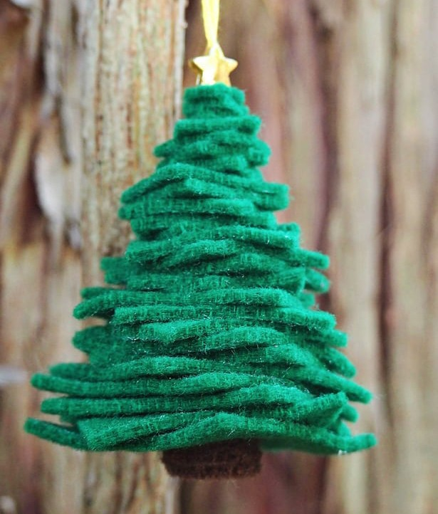 wool felt tree ornament christmas craft