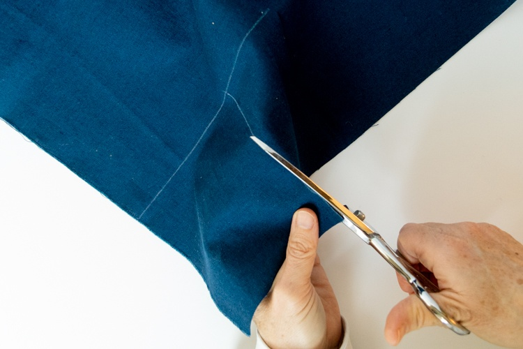 sashiko stitching cut fabric