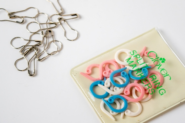 what you need to knit stitch markers